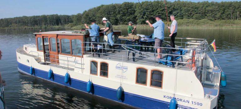 Mit dem Boot zum Fisch