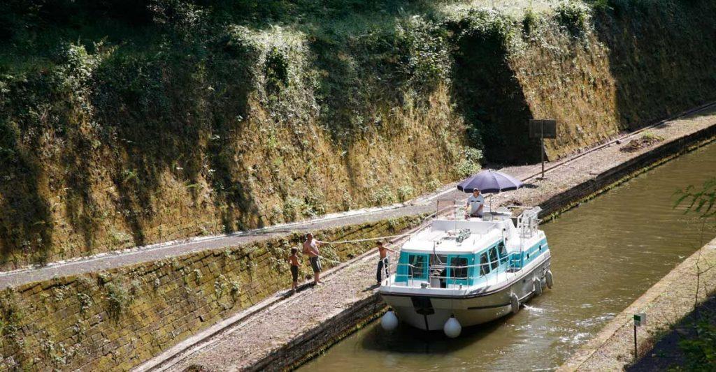 vetus - Hausboot - Kuhnle -Tours